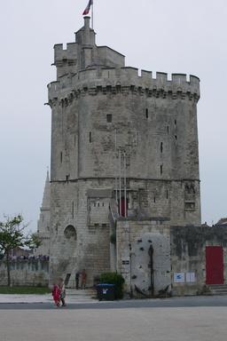 Tour Saint-Nicolas à La Rochelle. Source : http://data.abuledu.org/URI/58262159-tour-saint-nicolas-a-la-rochelle
