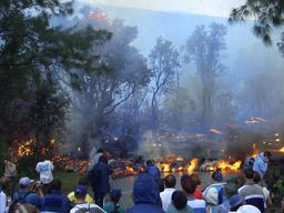 Tourisme et volcanisme à La Réunion. Source : http://data.abuledu.org/URI/521a2891-tourisme-et-volcanisme-a-la-reunion
