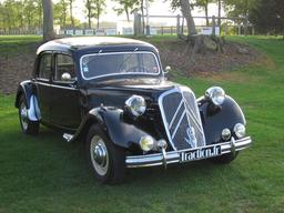 Traction avant Citroën. Source : http://data.abuledu.org/URI/56572453-traction-avant-citroen