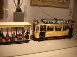 Tramway LU. Source : http://data.abuledu.org/URI/522e1ad7-tramway-lu