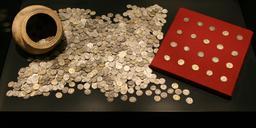 Trésor monétaire romain du IIIème siècle. Source : http://data.abuledu.org/URI/54b2e83f-tresor-monetaire-romain-du-iiieme-siecle