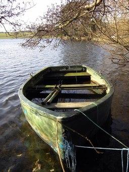Une barque. Source : http://data.abuledu.org/URI/5017b4e1-une-barque