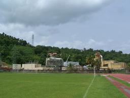 Usine géothermique de Bouillante à la Guadeloupe. Source : http://data.abuledu.org/URI/56b75a05-usine-geothermique-de-bouillante-a-la-guadeloupe