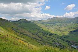 Vallée de la Maronne dans le Cantal. Source : http://data.abuledu.org/URI/55592d54-vallee-de-la-maronne-dans-le-cantal