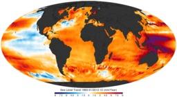 Variations du niveau de la mer de 1993 à 2012. Source : http://data.abuledu.org/URI/56c32749-variations-du-niveau-de-la-mer-de-1993-a-2012