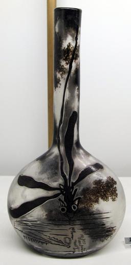Vase d'Émile Gallé. Source : http://data.abuledu.org/URI/517a3061-vase-d-emile-galle