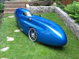 Vélomobile Waw. Source : http://data.abuledu.org/URI/51fb6f70-velomobile-waw