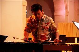 Vibraphoniste en concert. Source : http://data.abuledu.org/URI/5395e471-vibraphoniste-en-concert