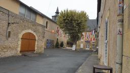 Vielle ville de Montignac. Source : http://data.abuledu.org/URI/5994d15f-vielle-ville-de-montignac