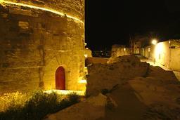 Vieux-Port de La Rochelle de nuit. Source : http://data.abuledu.org/URI/58262a29-vieux-port-de-la-rochelle-de-nuit