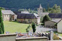 Village de Bélesten en vallée d'Ossau. Source : http://data.abuledu.org/URI/53b1362e-village-de-belesten-en-vallee-d-ossau