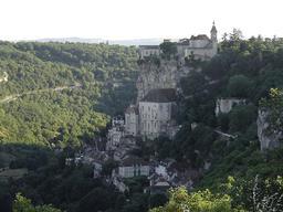 Village de Rocamadour. Source : http://data.abuledu.org/URI/51afb0c3-village-de-rocamadour