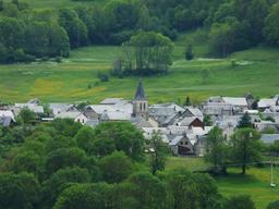 Village de Sailhan dans les Pyrénées. Source : http://data.abuledu.org/URI/54b7dba4-village-de-sailhan-dans-les-pyrenees
