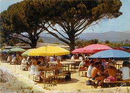 Village de vacances en Corse. Source : http://data.abuledu.org/URI/53b1378c-village-de-vacances-en-corse