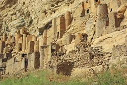 Village Dogon au Mali. Source : http://data.abuledu.org/URI/552e3327-village-dogon