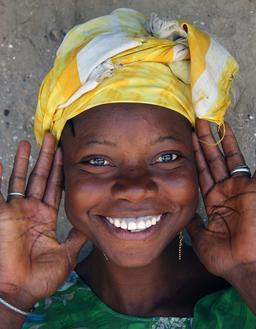 Visage d'une fille. Source : http://data.abuledu.org/URI/503a2cda-visage-d-une-fille