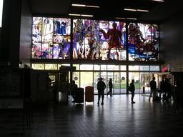 Vitrail à l'entrée de la gare de Beroun en Bohème. Source : http://data.abuledu.org/URI/54a856db-vitrail-a-l-entree-de-la-gare-de-beroun-en-boheme