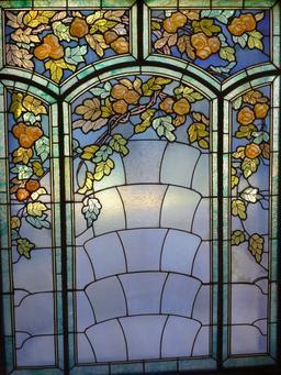 Vitrail au musée de l'école de Nancy. Source : http://data.abuledu.org/URI/5818f46c-vitrail-au-musee-de-l-ecole-de-nancy