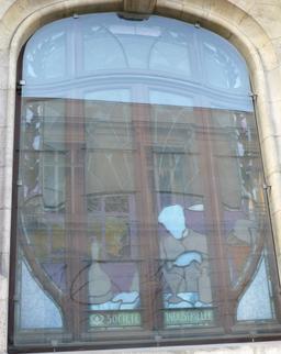 Vitrail de la CCSI à Nancy. Source : http://data.abuledu.org/URI/5819bbad-vitrail-de-la-ccsi-a-nancy