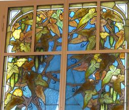 Vitrail paysager au musée de l'école de Nancy. Source : http://data.abuledu.org/URI/5818f3d0-vitrail-paysager-au-musee-de-l-ecole-de-nancy