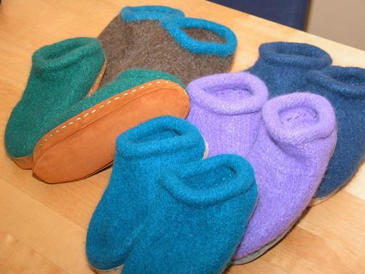 5 paires de pantoufles en feutre