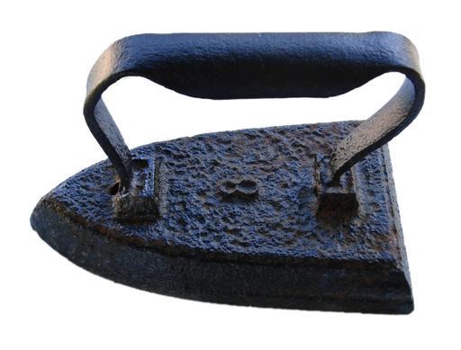 Ancien fer à repasser