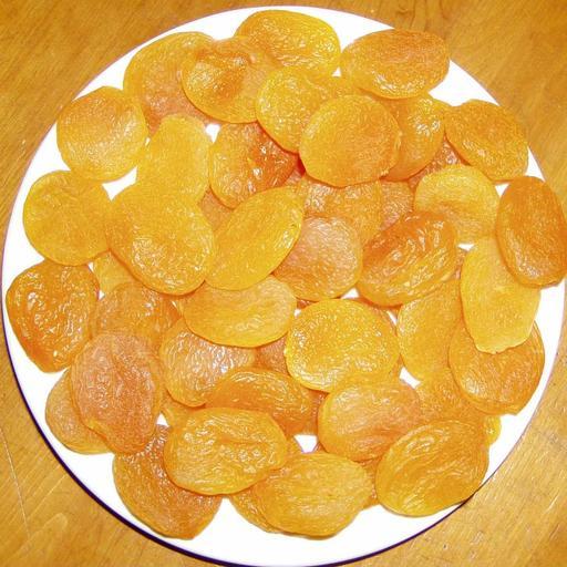 Assiette d'abricots secs