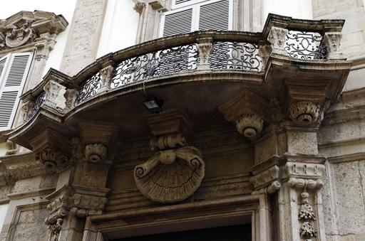 Balcon à Milan