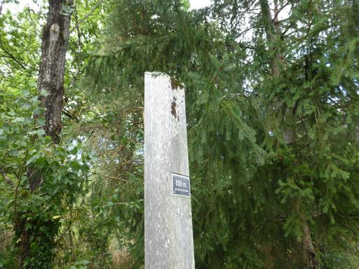 Balisage dans le parc du Bourgailh
