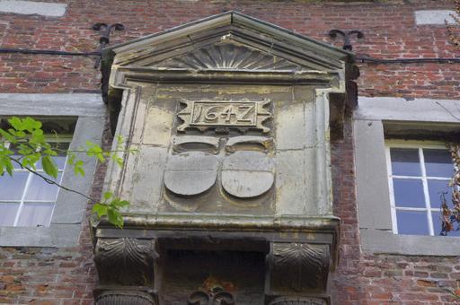 Bretêche de 1642 en Belgique