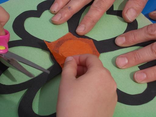Bricolage de vitrail en papier