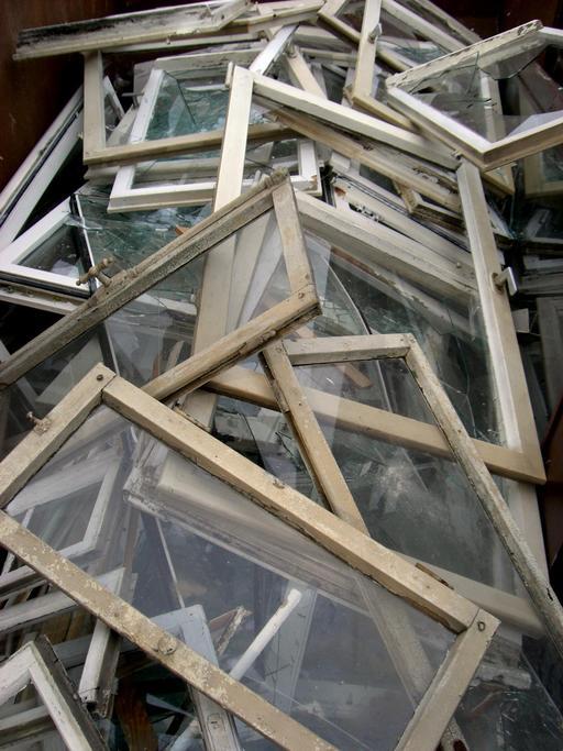 Cadres de fenêtres hors d'usage