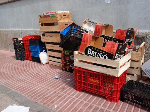 Cageots et cagettes en bois et en plastique