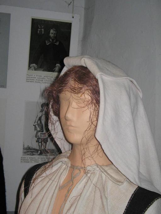 Capuche traditionnelle de femme
