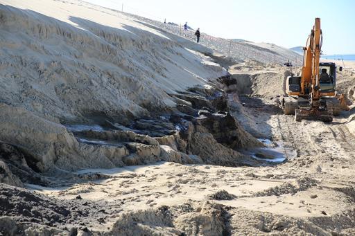 Chantier de fouilles archéologiques à la Dune du Pilat