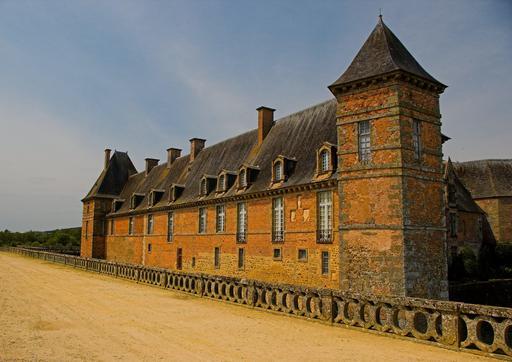 Château médiéval de Carrouges (Orne, Basse-Normandie) du XIVe siècle