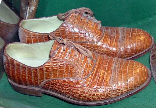 Chaussures en peau de crocodile