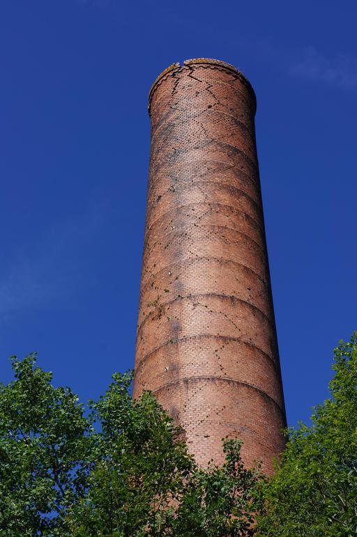 Cheminée d'une ancienne mine de charbon