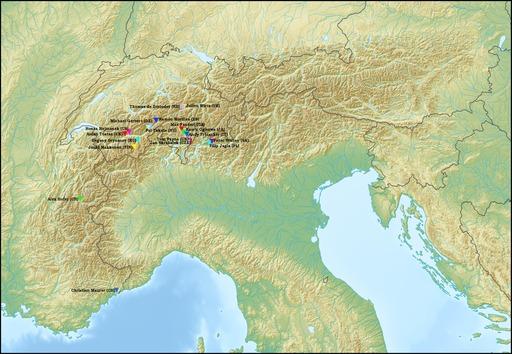 Compétition de parapente dans les Alpes
