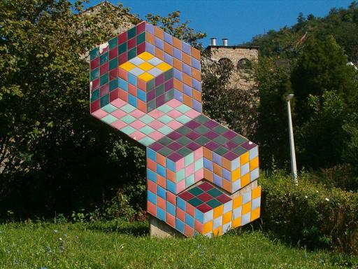 Composition monumentale de Vasarely en Hongrie