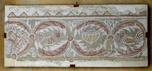 Coqs de la mosaïque de Madaba