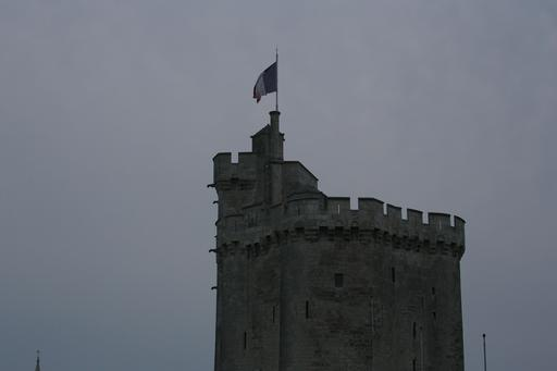 Créneaux de la tour saint-Nicolas à La Rochelle