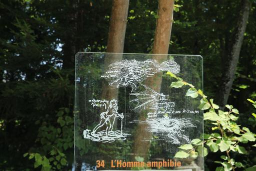 Croquis de l'homme amphibie de Léonard de Vinci