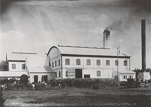 Déchargement de canne à sucre à La Réunion