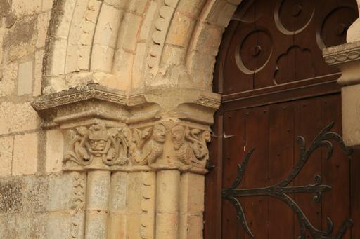 Détail d'un chapiteau de la Collégiale Saint-Ours à Loches