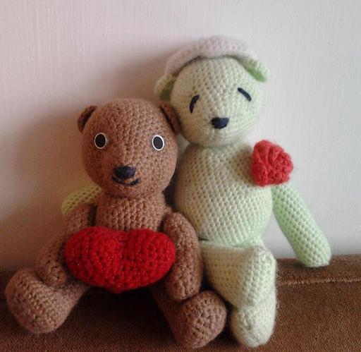Deux oursons en amigurumi