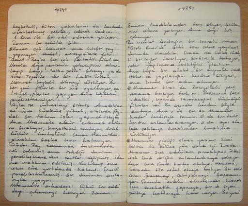 Deux pages dans un carnet