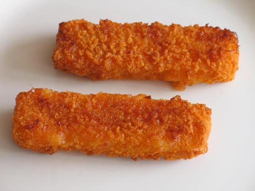 Deux portions de poisson pané