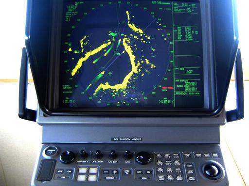 Écran de radar d'un navire