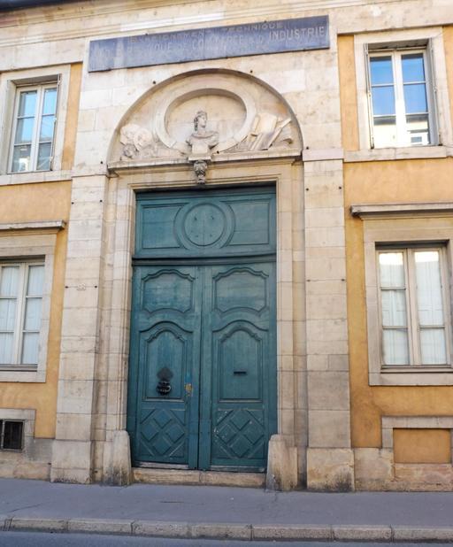 Enseignement pratique à Dijon